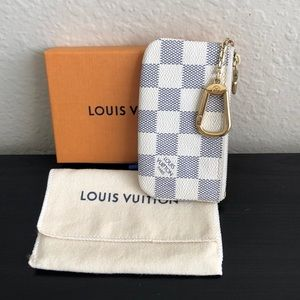 Authentic Louis Vuitton Cles